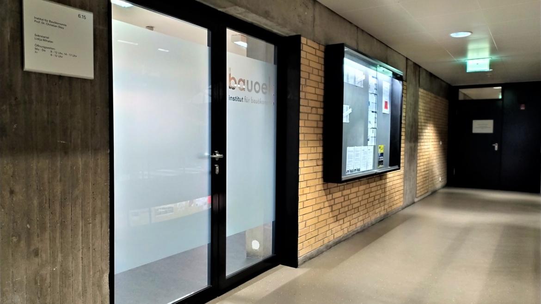 Front door of Institute of construction economics (c)