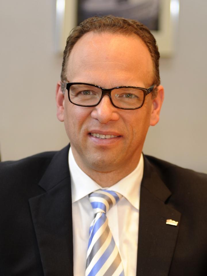 Dr. Jörg Schwall | Kalzip Unternehmen in Europa, Mittlere Osten und Americas | © Kalzip Unternehmen (c)